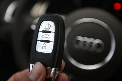 sao chép ổ khóa ô tô