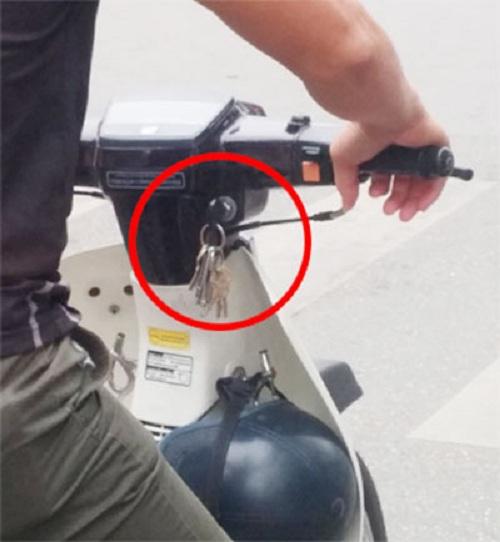 ổ khóa xe máy bị lỏng