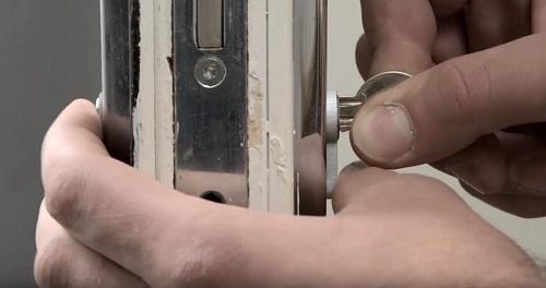 khóa bị kẹt