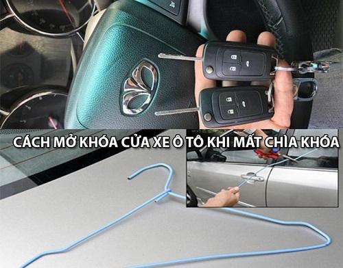 mở khóa ô tô bằng móc
