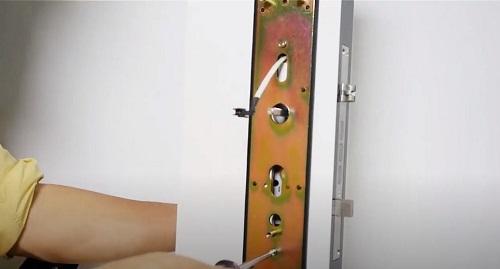 cách lắp khóa vân tay