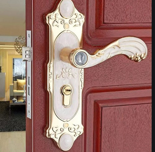 mẫu khóa cửa gỗ việt tiệp