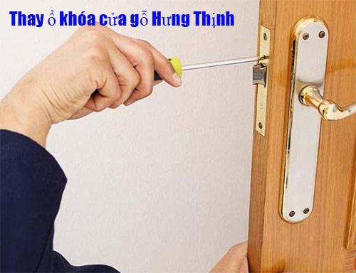 Tìm hiểu về phụ kiện khóa cửa gỗ – cách thay ổ khóa cửa gỗ
